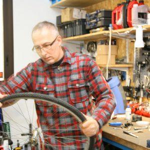 Truji-cycle bike luberon - Atelier Réparation